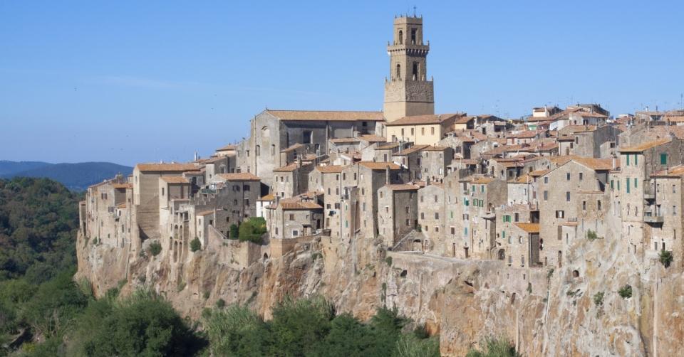 Toscana. Hai già visitato Pitigliano, la Piccola Gerusalemme d'Italia?