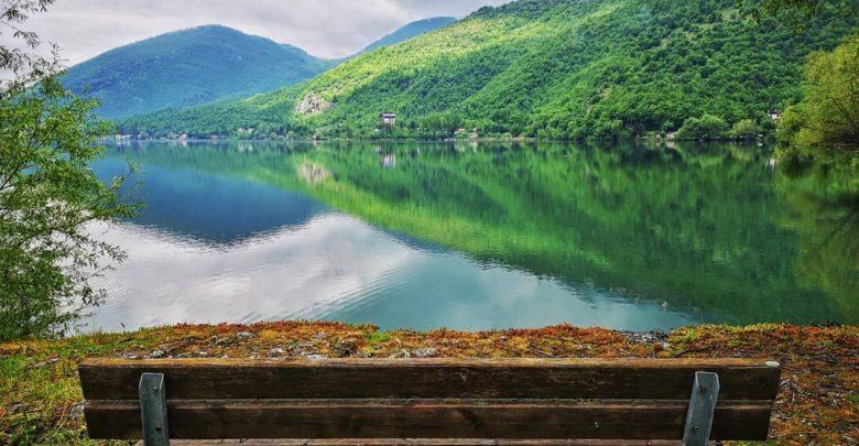 panchina lago di scanno raffaele brio albano