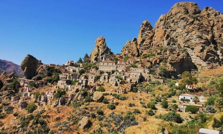 """""""Cinque-dita"""", hai già visitato borgo misterioso e affascinante sulla rupe del monte Calvario? / Video"""