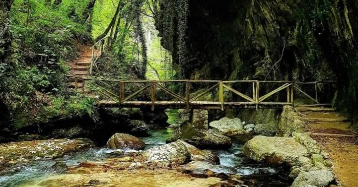 Hai già attraverso il _ponte magico_ nella Valle dell'Orfento_