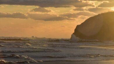 Ortona. Un sole all'alba illumina la spiaggia di Lido Riccio Guarda la foto