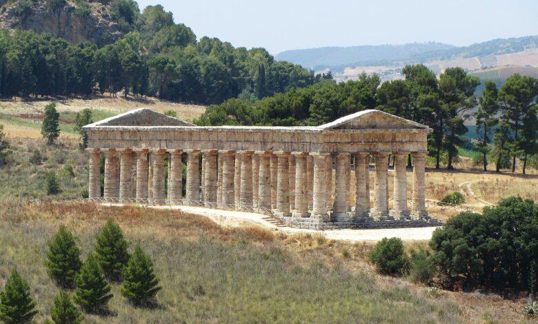 Sicilia. Hai già visitato il Tempio di Segesta Orari, prezzi e come visitare
