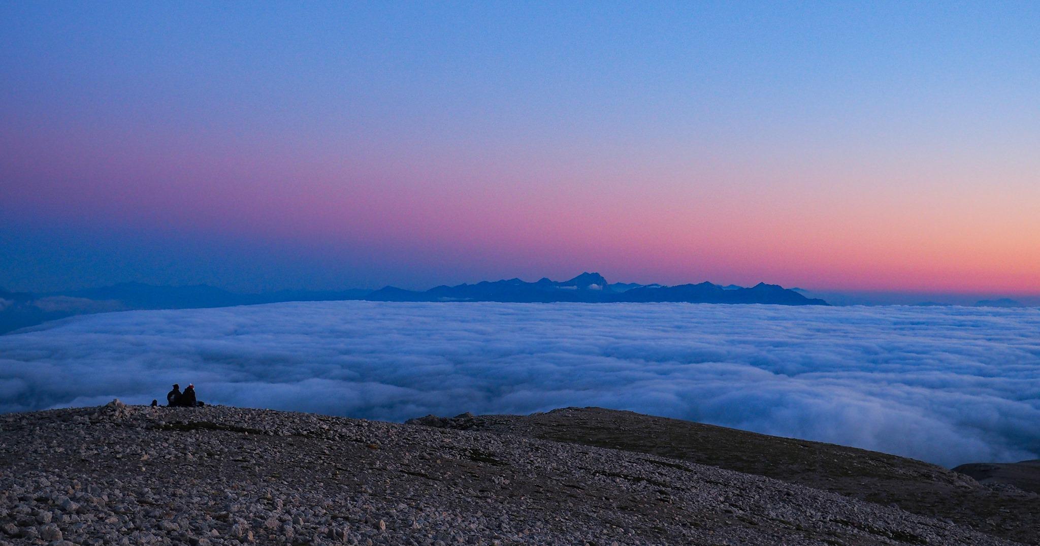 Eventi in Abruzzo. Trekking sotto le stelle della Maiella: notturna e alba sul Monte Amaro