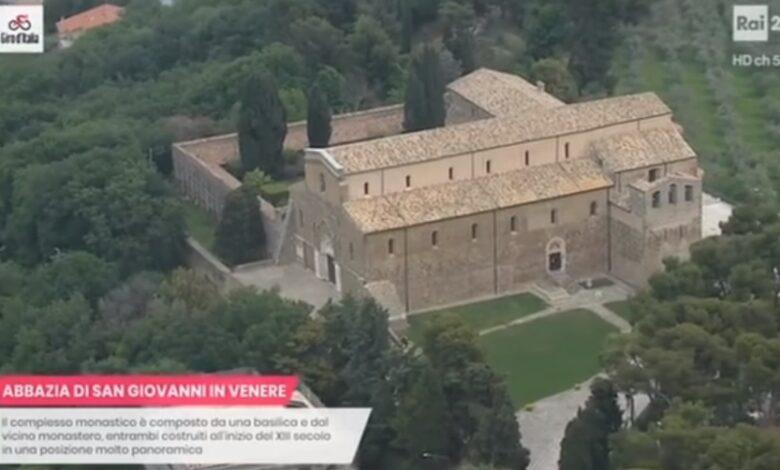 Video / Costa dei Trabocchi. Il Giro d'Italia passa in Abruzzo e racconta tutta la sua meraviglia