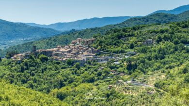 Come fare per ammirare il borgo di Cineto Romano da questo punto panoramico? Tutte le indicazioni