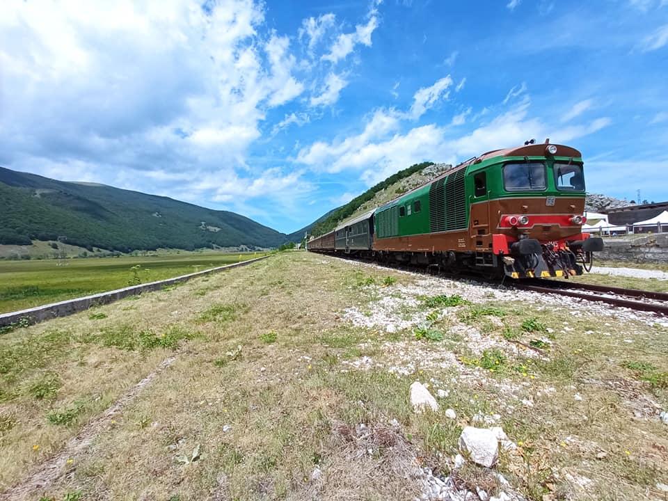 Il Treno della Ferrovia dei Parchi (Transiberiana d'Italia) tra Sulmona e Pescocostanzo (guarda tutte le foto) (1)
