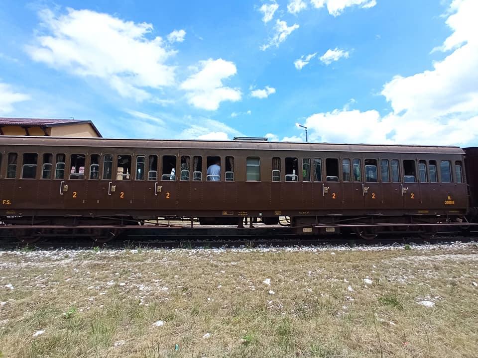 Il Treno della Ferrovia dei Parchi (Transiberiana d'Italia) tra Sulmona e Pescocostanzo (guarda tutte le foto)