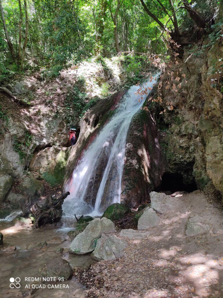 Umbria. Come raggiungere le Cascate del Menotre Luogo di Partenza, tempi e suggerimenti