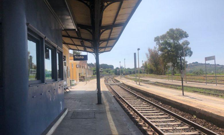 """Sicilia. Possibile """"riapertura turistica""""? Sopralluoghi nella stazione di Noto, sulla Siracusa - Canicattì"""