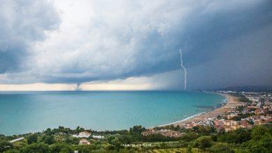 Abruzzo. Tromba d'aria marina e fulmini rendono unico il Golfo di Vasto