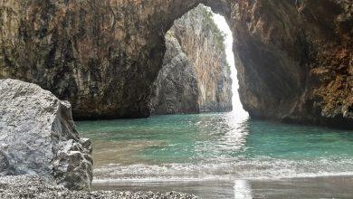 Come fare per visitare la Spiaggia dell'Arco Magno? Via mare, via terra, Sentiero da percorrere e consigli