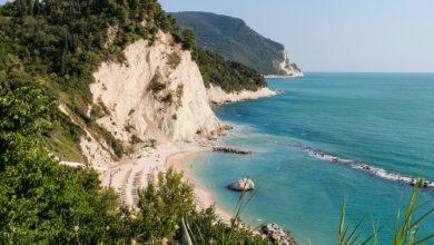 Sai quali sono le Spiagge più belle del Parco del Conero_ Ecco quelle che ti consigliamo di visitare