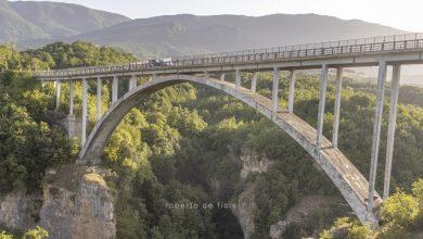 Video. Bungee Jumping Abruzzo sul Ponte di Salle, un Tuffo nella Natura per i turisti più temerari