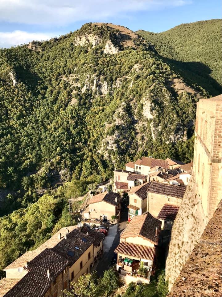I Turisti raccontano. Benvenuti a Rocca Sinibalda, il Castello delle Metamorfosi. Guarda tutte le foto