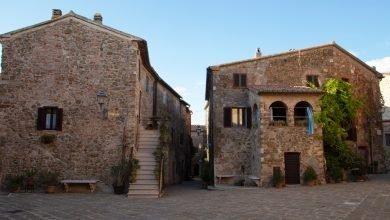 Itinerario in Toscana. Un piccolo _Borgo gioiello_, un sito Etrusco e relax nelle Terme di Saturnia